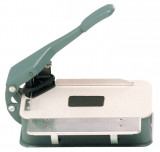 CR-20 Desk Top Corner Cutter