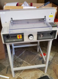 Triumph 430EP Semi-Automatic Programmable Cutter - Used